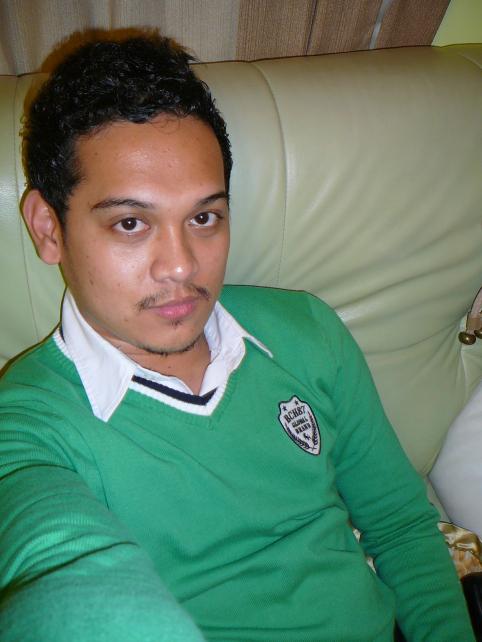 3rdwk_greensweater.jpg