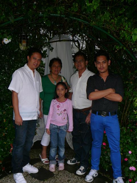 sonyasgarden_familypic.jpg