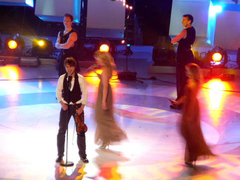 http://freshmess.files.wordpress.com/2009/02/alexander_rybak.jpg