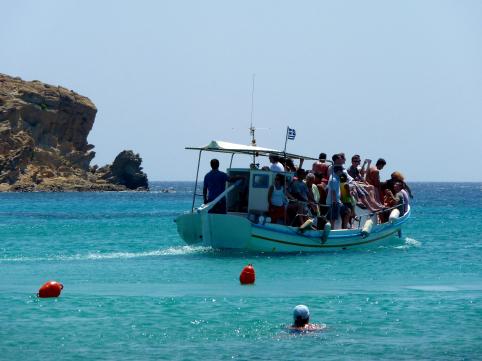 Taxi boat approaching Paranga Beach